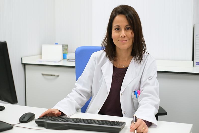 «La inmunoterapia es un tratamiento a valorar en personas alérgicas que no quieren desprenderse de sus animales»